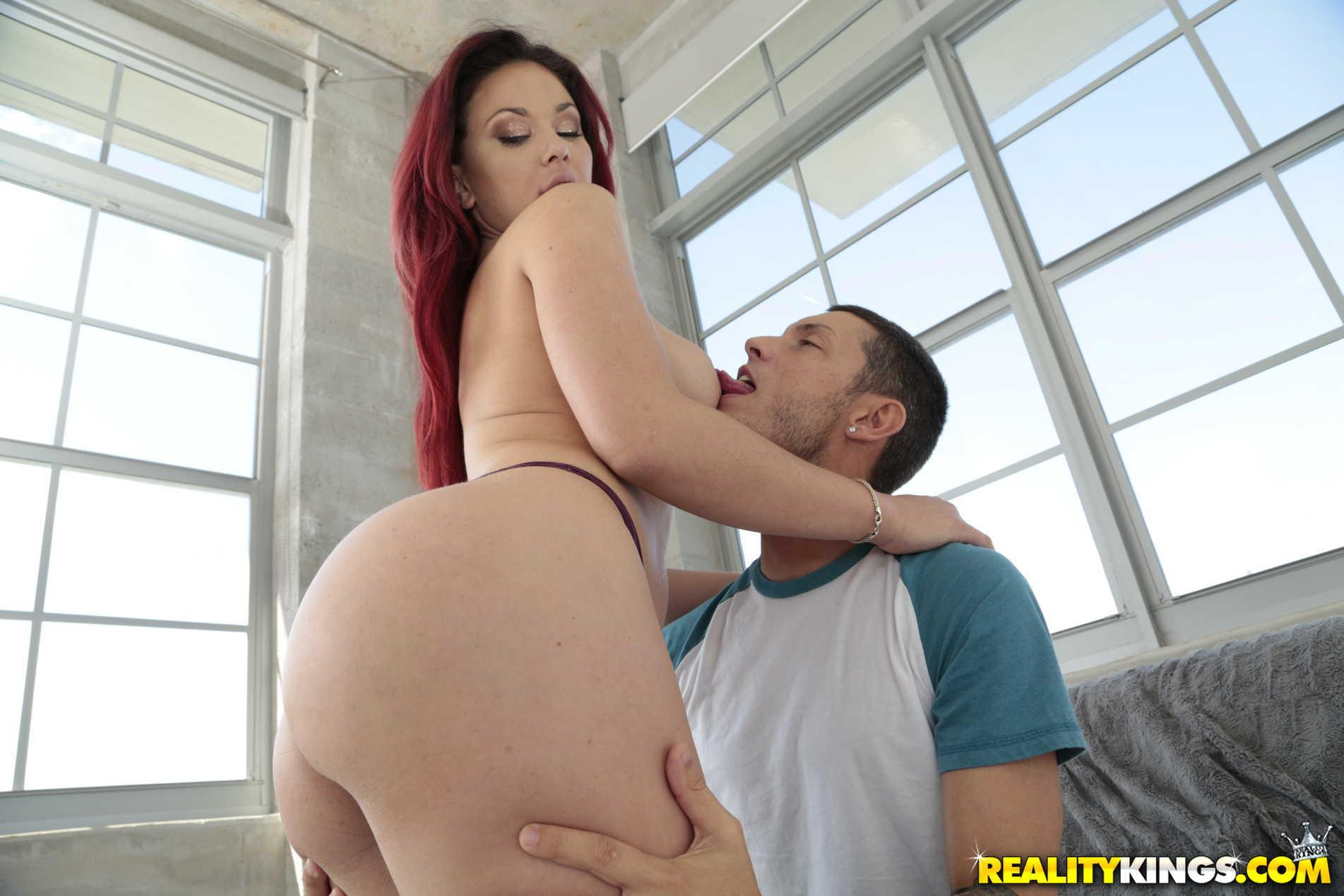 Porn tube Hot sucking dick pigtails fisting