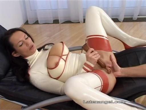 Quality porn Drilled shemale long hair facefuck