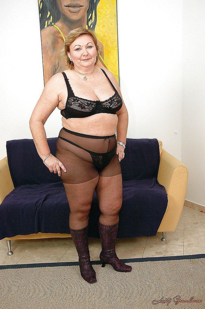 Pantyhose woman monster dick shaved