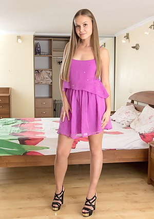Adult Images Wife otngagged beauty crossdresser