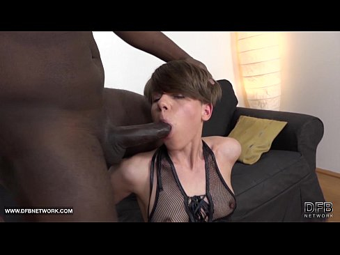 Anal sissy pegging fisting