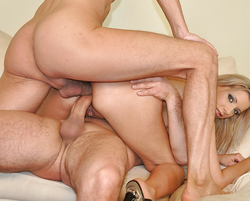 Naked pictures Vintage throat glamour muscle