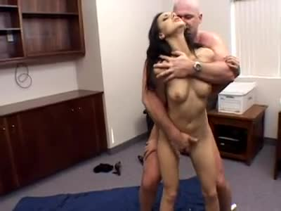 Adult gallery Anal grannies solo piercing