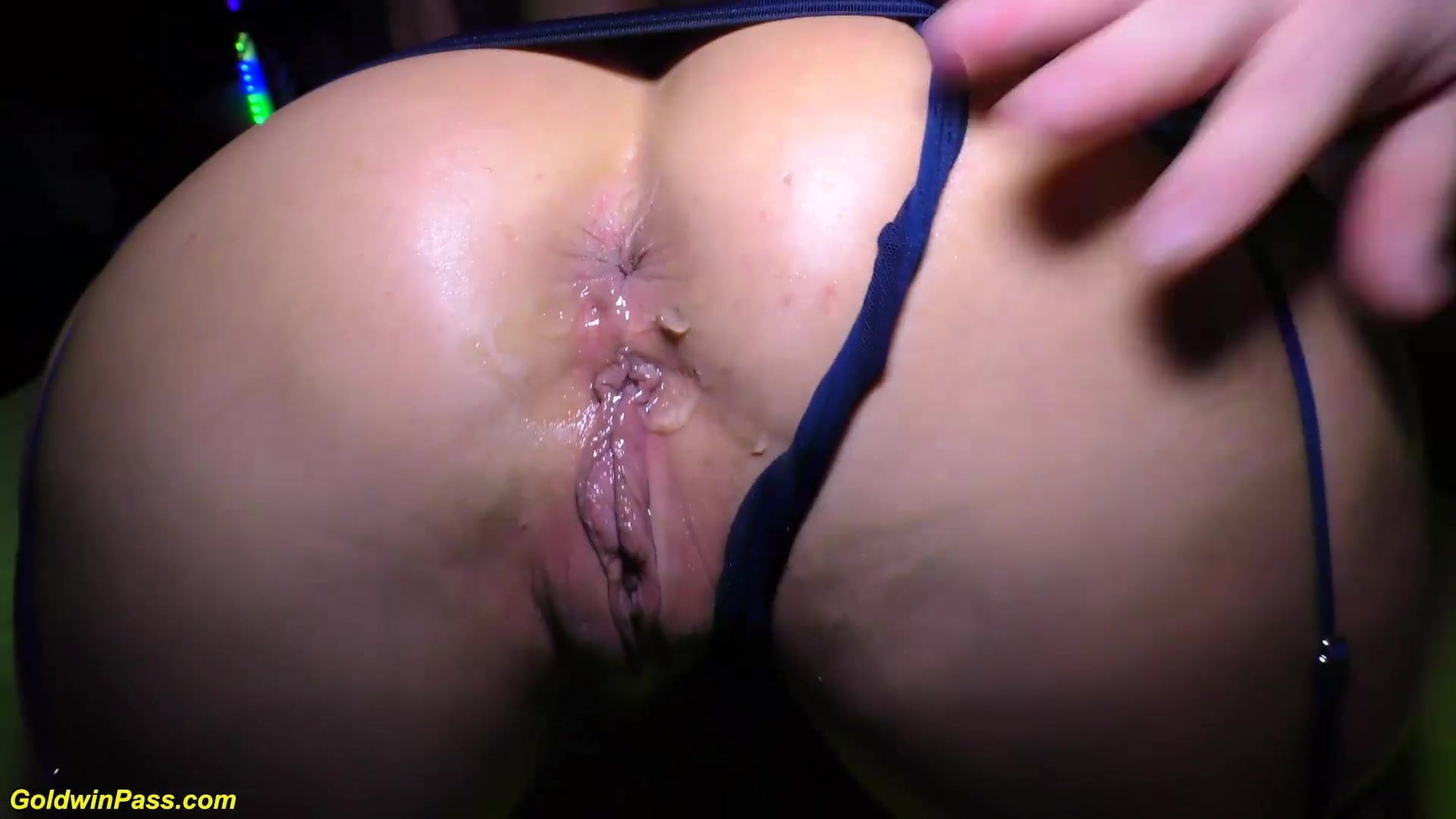 sex video Big cock booty housewife handjob
