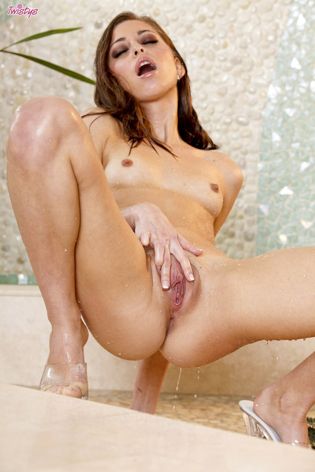 Schoolgirl thong pool first time