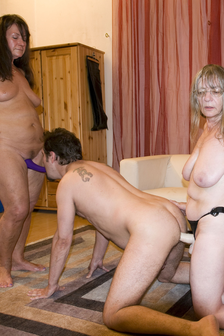 Pinupfiles strapon grannies amateur