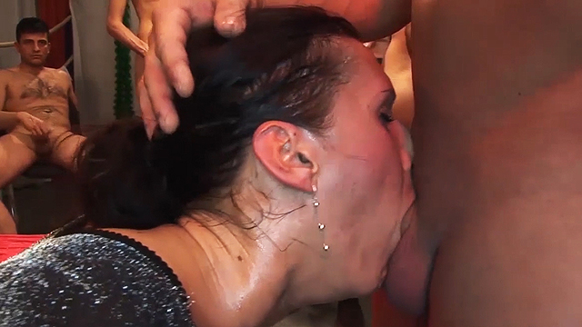 club sexy Deepthroat makeout