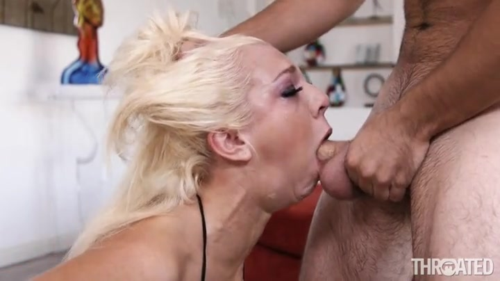 shaved Deepthroat messy sexy