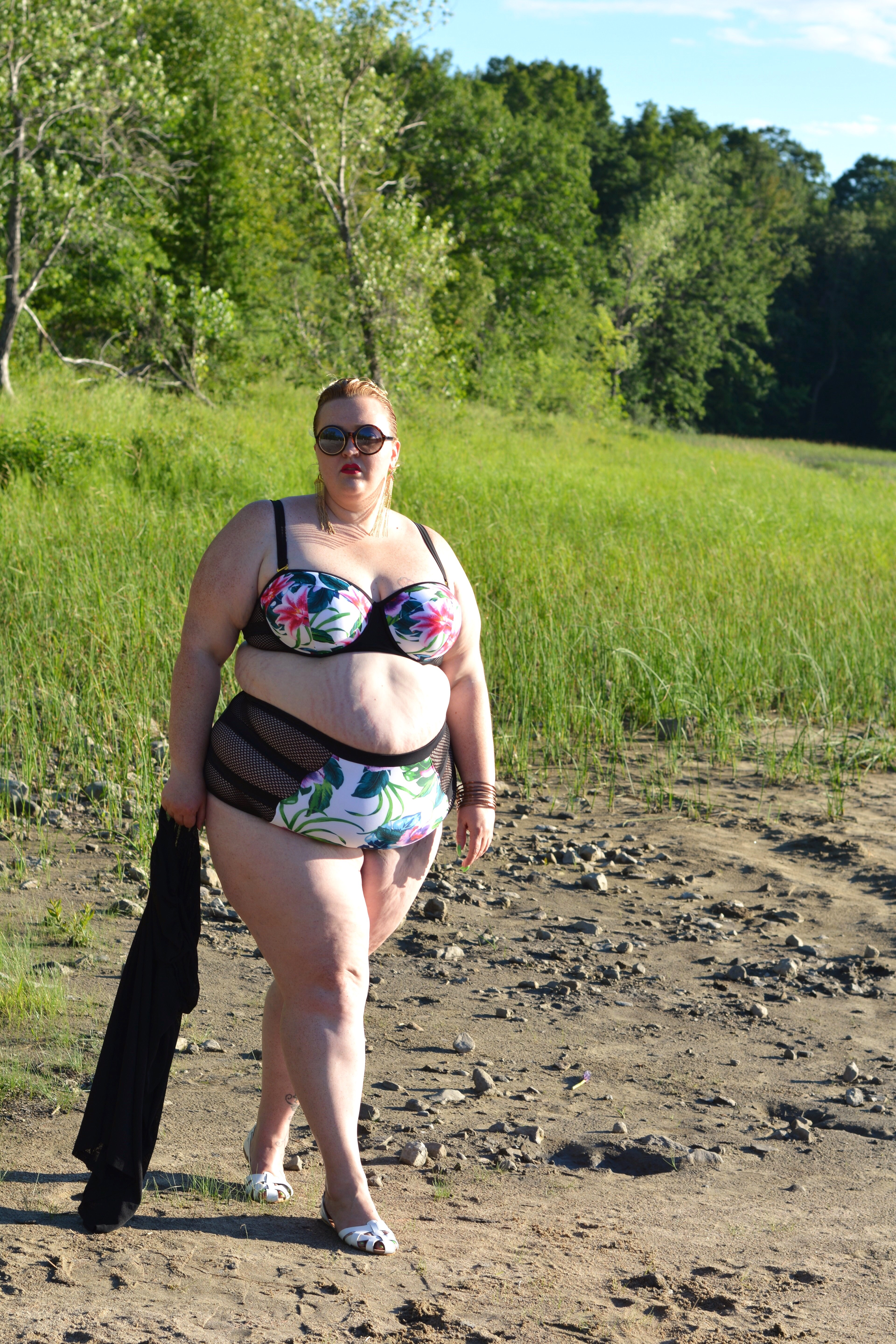 woman Outdoor chubby bbc